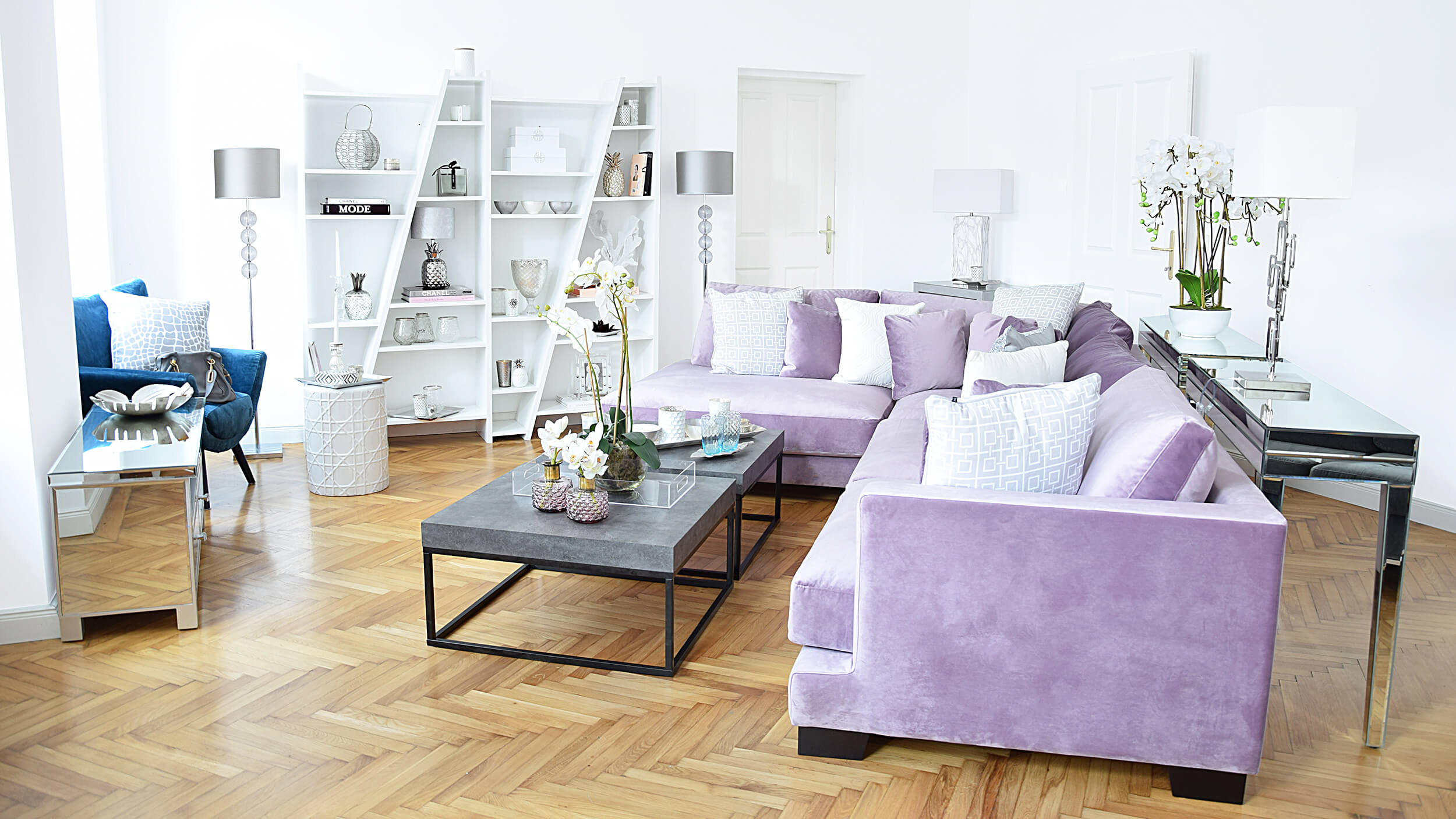 city loft looks. Black Bedroom Furniture Sets. Home Design Ideas
