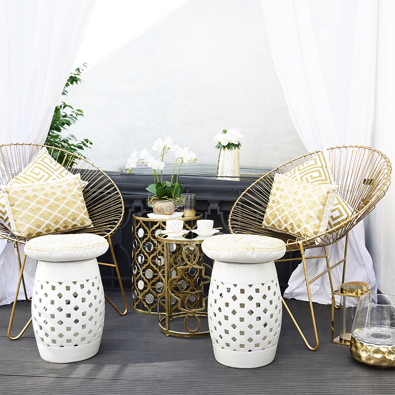 Glam-Lounge in Gold