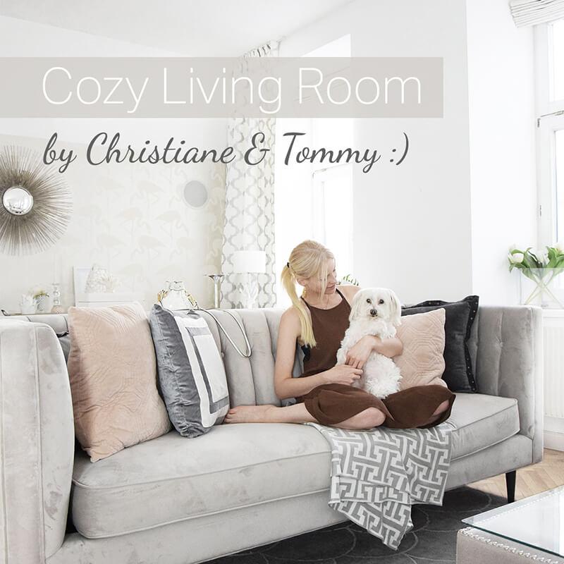 Bei Christiane & Tommy: gemütliche Samtsofa-Oase