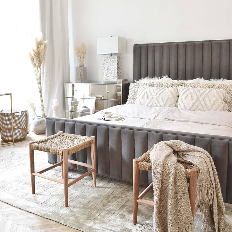Stool Option: für ein luftiges Schlafzimmer