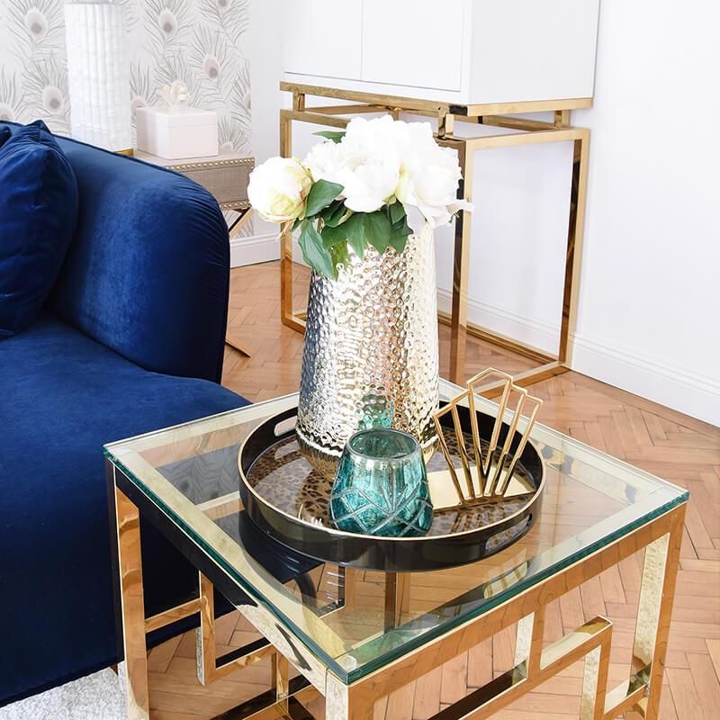 Goldener Beistelltisch mit Glamour-Garantie
