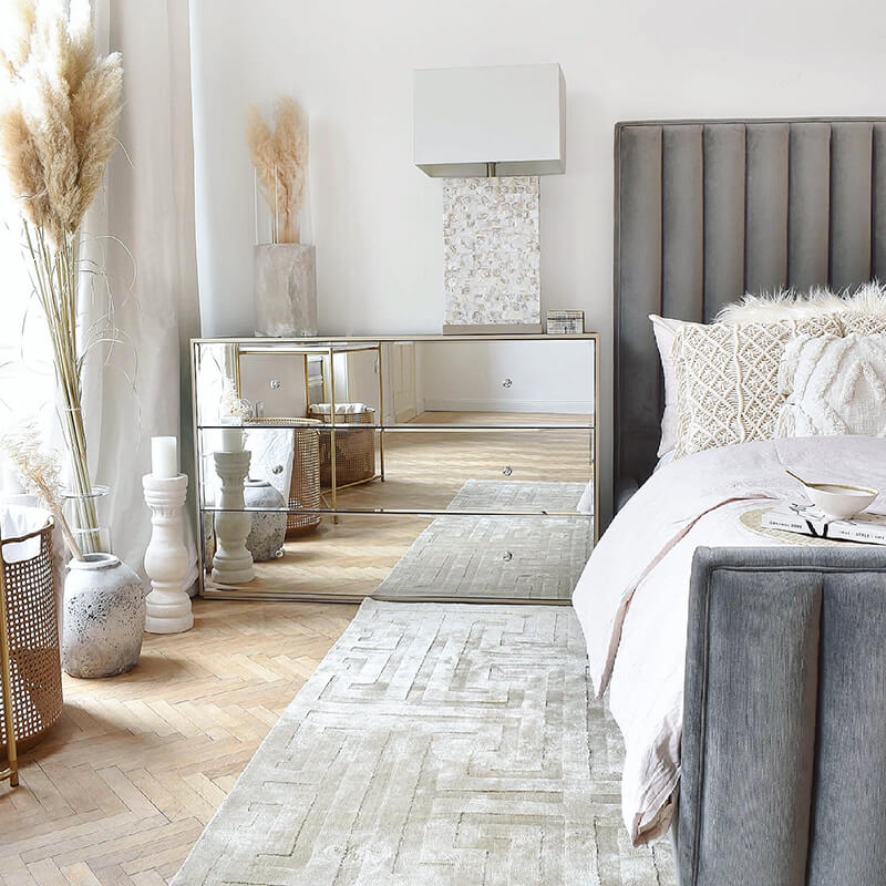 Video: Natural Bedroom Moments
