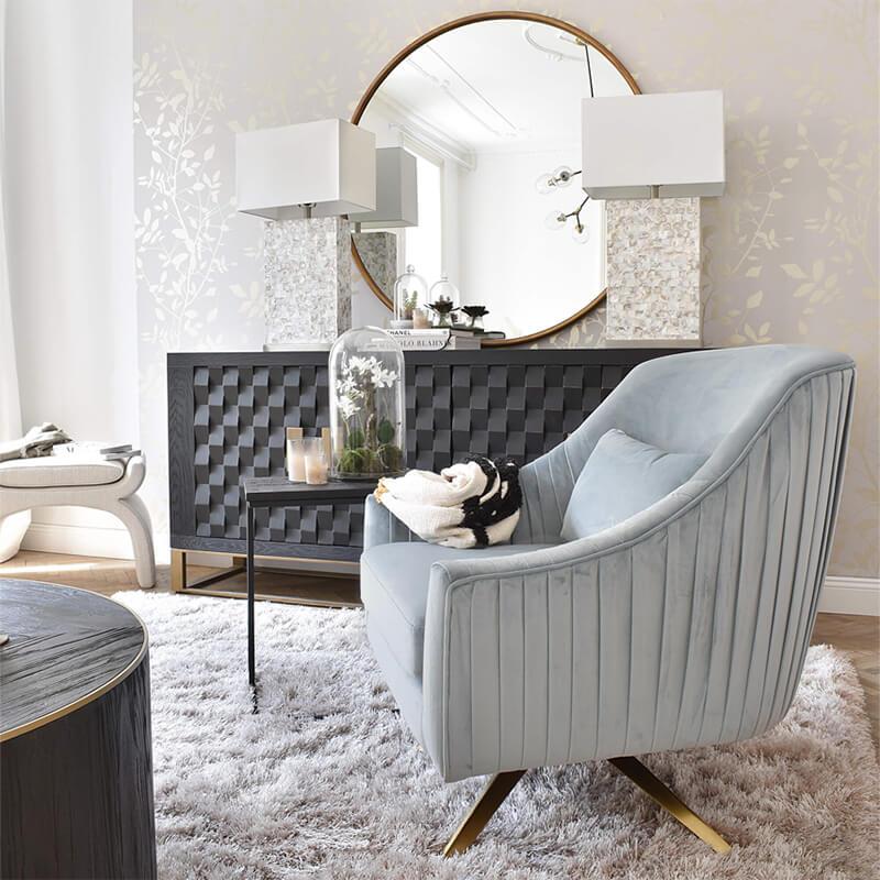 Cozy Armlehnstuhl: mit raffinierten Raffungen