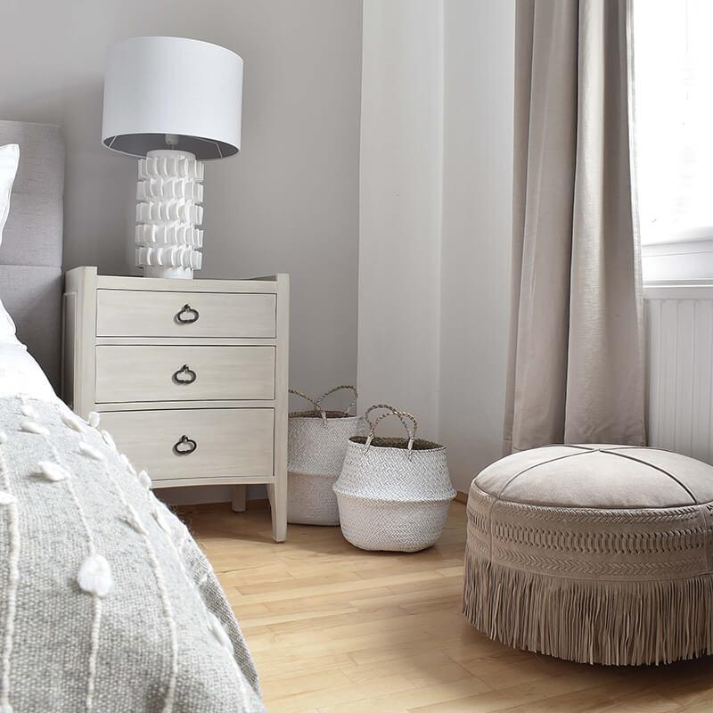 White Wood Dream: Neuer Nachttisch
