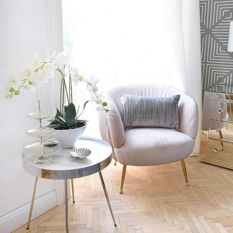 Velvet Chair Love! Rosa Samtstuhl-Traum