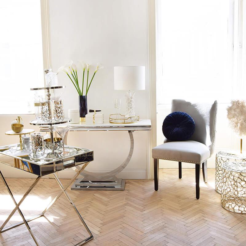 Relax and Enjoy : Kleine Fensternische mit großem Effekt
