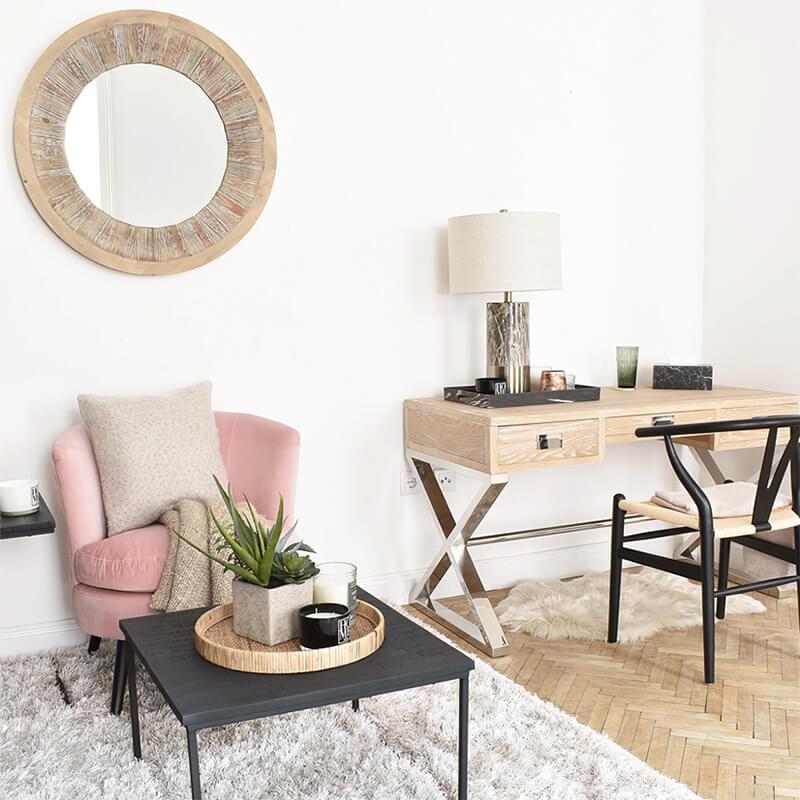 Pink Spring Fever: rosa, cozy Samtstuhl