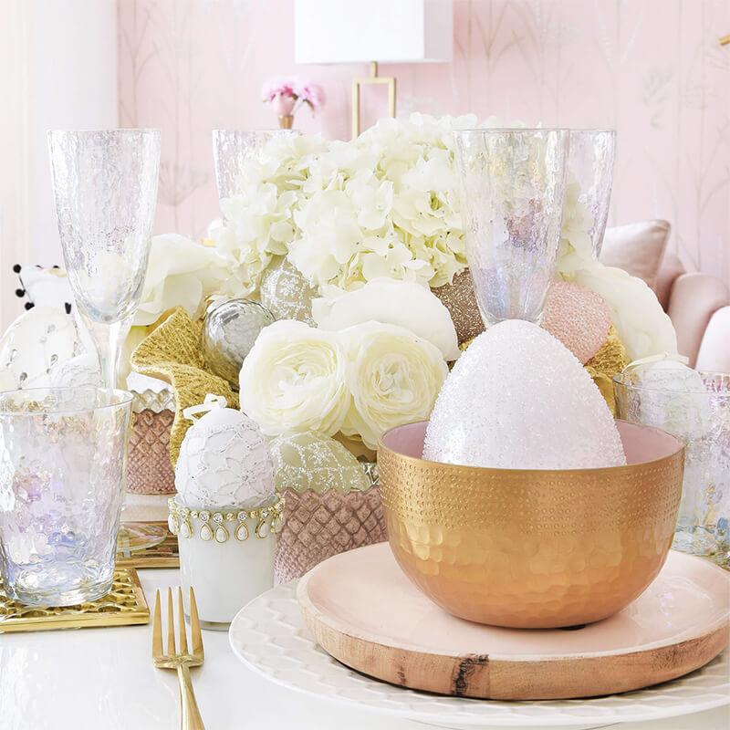 Tischdeko für eine prächtige Ostertafel