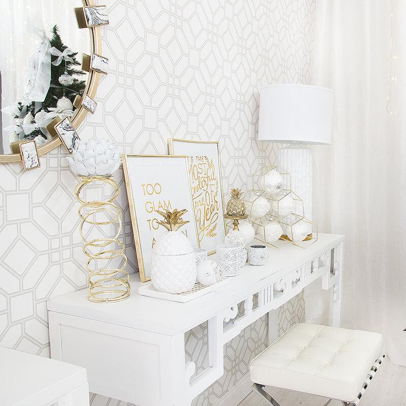 Weihnachtsdeko in Weiß & Gold