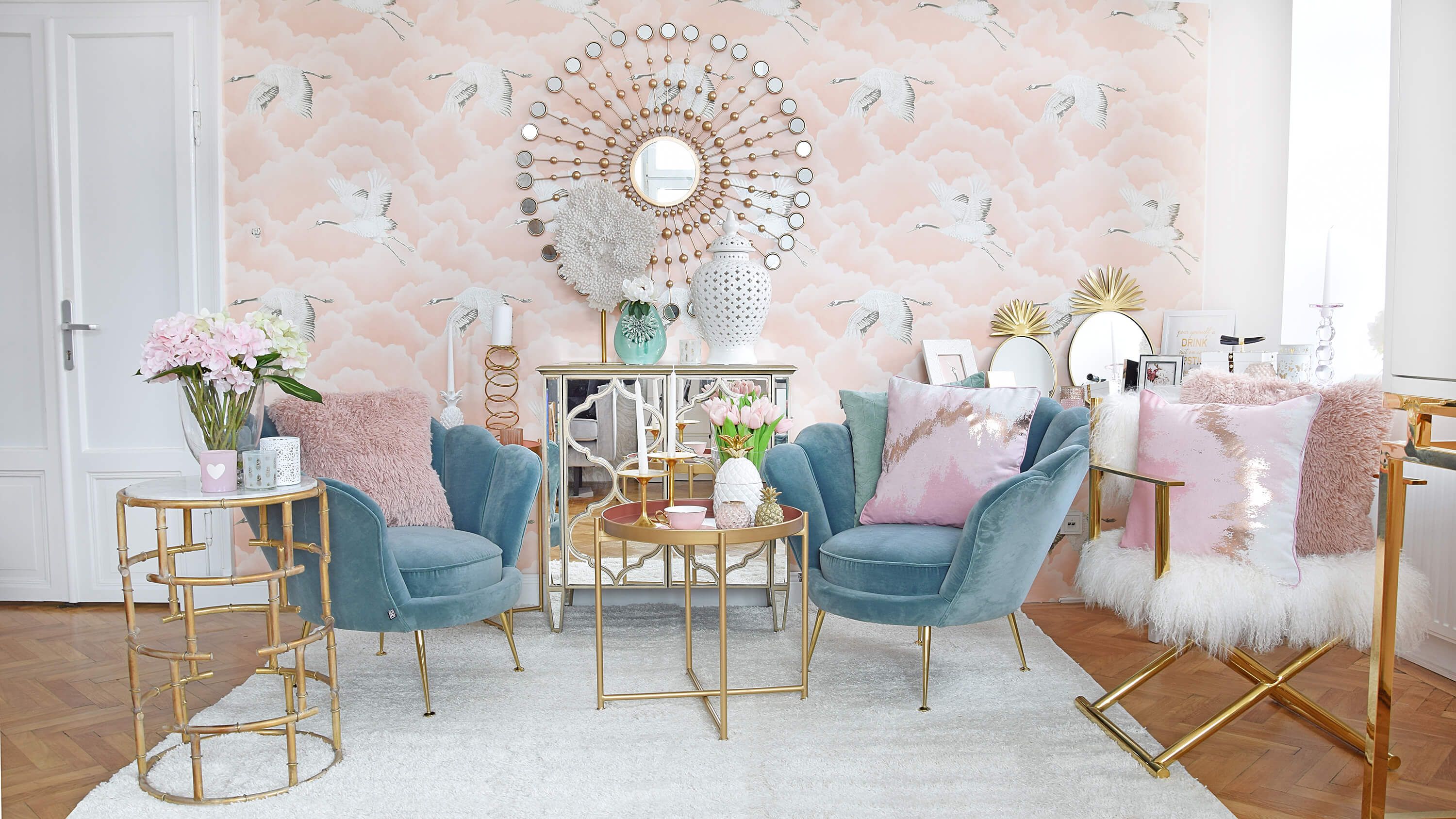 Mermaid Dreams - Wohnzimmer-Lounge in Rosa & Türkisblau