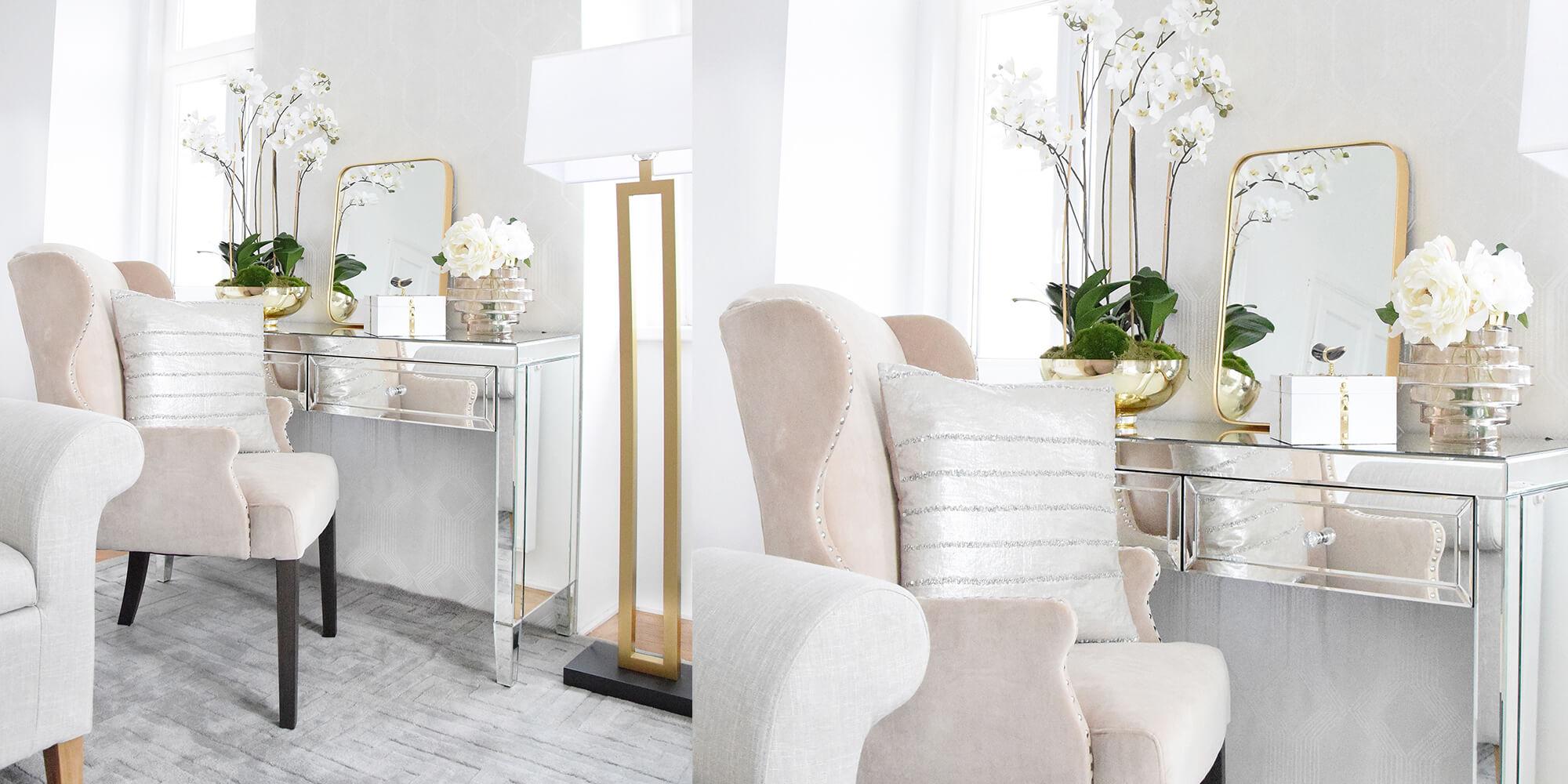 Beauty Corner: Verspiegelter Schminktisch & champagnerfarbener Samt