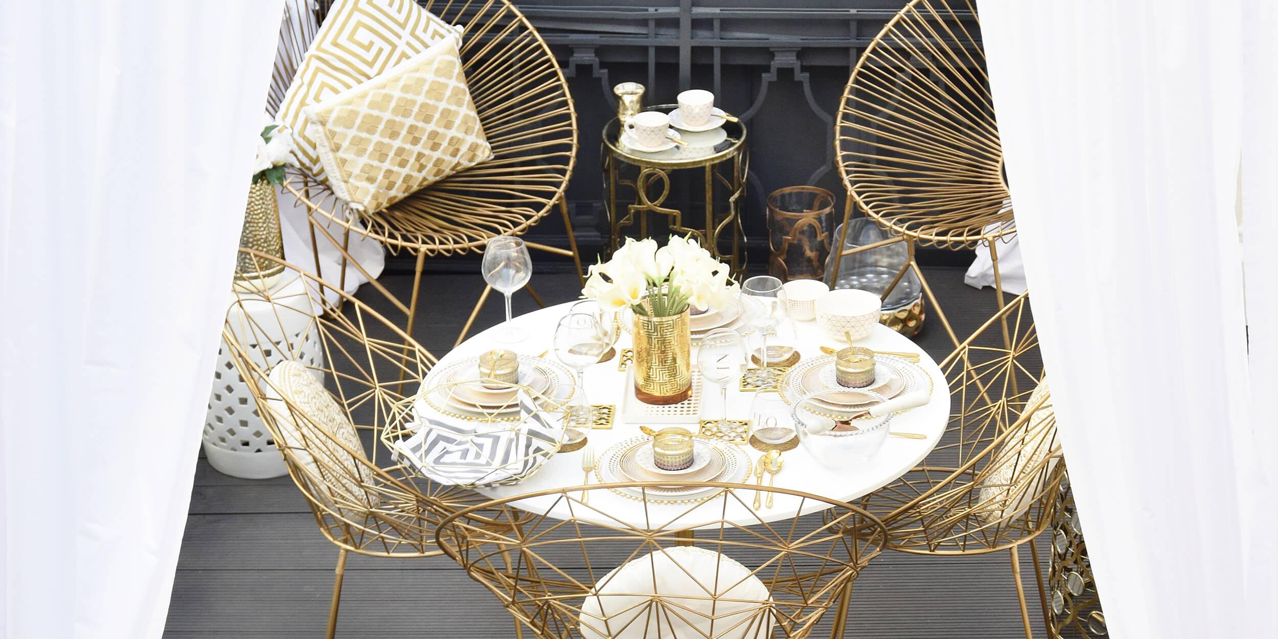 Terrassen-Traum in Weiß & Gold
