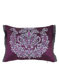 violettes Dekokissen mit Damastmuster aus Pailletten