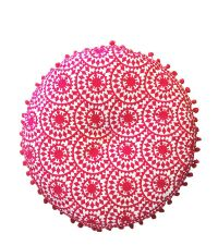 rundes besticktes Dekokissen mit Stickerei im Ethno-Style pink