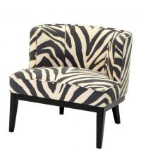 Armlehnsessel aus Stoffbezug mit Zebra-Print und breiter Rückenlehne auf schwarzen Füßen, Eichholtz
