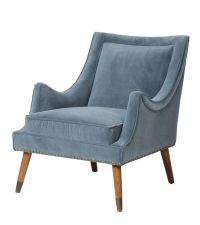 eleganter Armlehnstuhl im Retro-Style mit blauem Samtbezug & Nietenbesatz
