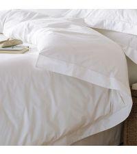 Bettwäsche-Set in weiß mit Stehsaum, Kopfkissenbezug & Deckenbezug