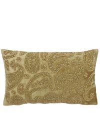 längliche, goldene Kissenhülle bestickt mit glänzenden Perlen in orientalischem Stil