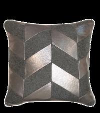 Kissen mit Chevron-Muster aus Filz & Kunstleder, Kissenhülle grau & metallisch silber