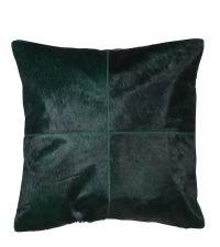 große, dunkelgrüne Kissenhülle aus Fell im Patchwork-Style