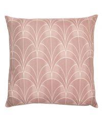 blassrosa Kissenhülle mit weißem, geometrischem Muster im Art-Deco-Stil