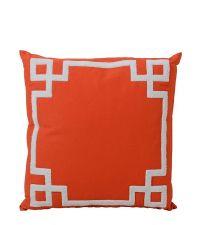 knalliges Kissen mit griechischer Musterung, orange
