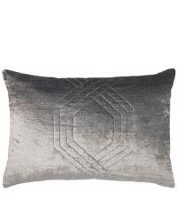schimmernde, längliche Kissenhülle aus Samt mit feinem Hexagon-Muster, silber grau