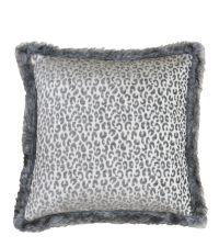 silberne Kissenhülle im Leoparden-Muster mit dicken, weichen Fransen