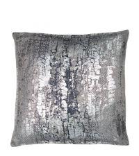 graue Kissenhülle mit Farbverlauf und Schlangenleder-Aufdruck aus Metallic-Folie in silber