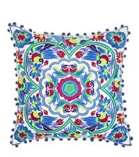Dekokissen mit buntem tropischen Muster und Bommeln im Ethno-Style blau