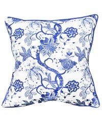 floral gemusterte Kissenhülle in kräftigem Blau