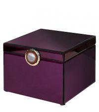quadratische, glänzende Box in Burgunderrot mit gold eingerahmtem Achatstein als Verschluss