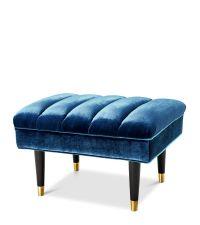 großer Hocker mit gerillter Sitzfläche mit blauem Samtbezug, Eichholtz