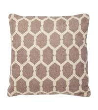 Bestickte Kissenhülle aus Baumwolle mit Sechseck-Muster Eichholtz, taupe