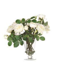 edles Kunstblumengesteck aus weißen Gartenrosen in kelchförmiger Glasvase
