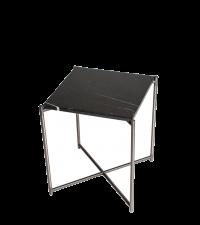 kleiner Beistelltisch mit schwarzem Marmorfinish und silbernen gekreuzten Tischbeinen