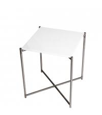 kleiner Beistelltisch mit weißem Marmorfinish und silbernen gekreuzten Tischbeinen