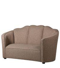 Zweiersofa mit robustem hellbraunen Stoffbezug, Sofa in Muschelform