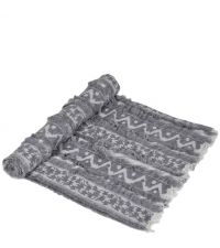 kuschelige Decke im Ethno-Style mit Fransen, hellgrau