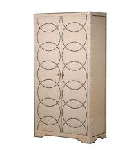 Schrank mit Leinenbezug in beige, Kleiderschrank mit geometrischer Nietenverzierung