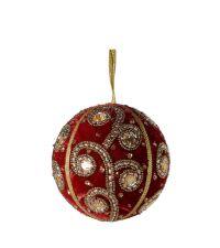 Weihnachtskugel aus schimmerndem roten Samt besetzt mit goldenen und silbernen Perlen im Spiral-Muster