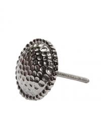 großer Möbelknopf aus Metall in Hammerschlag-Optik silber