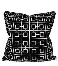 schwarze Kissenhülle aus Baumwolle mit weißem geometrischen Muster & Keder