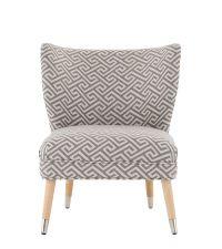geometrisch gemusterter Stuhl in hellgrau & beige
