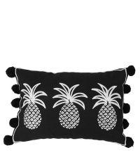 rechteckiges Kissen mit Ananas-Muster und Bommeln, schwarz