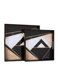 2er-Set Tabletts aus schwarzem Holz & Glas mit geometrischem Muster in weiß, gold & rosa