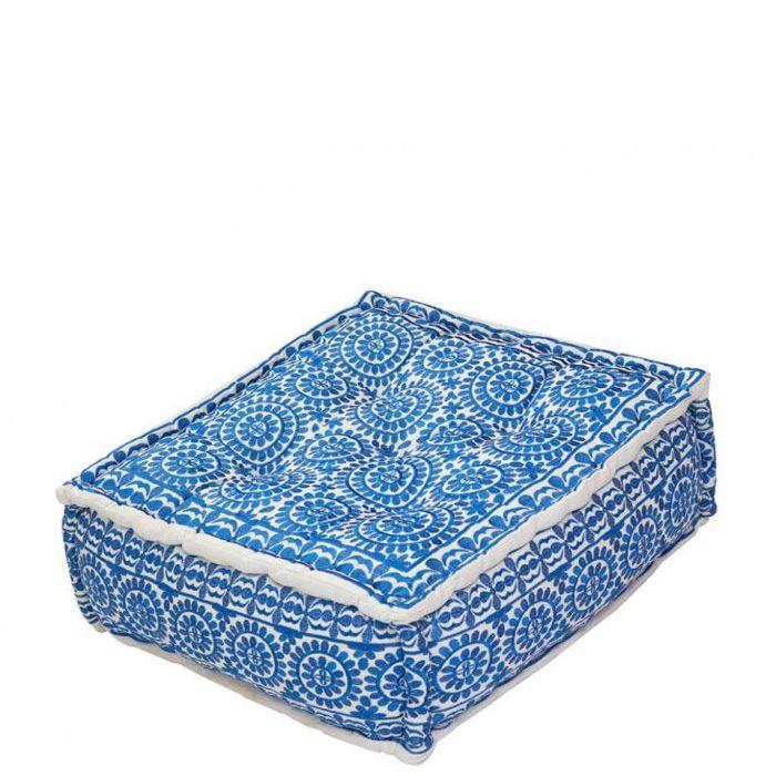 dbf26b9a67b8 stylischer rechteckiger Pouf mit blauem Blumenmuster