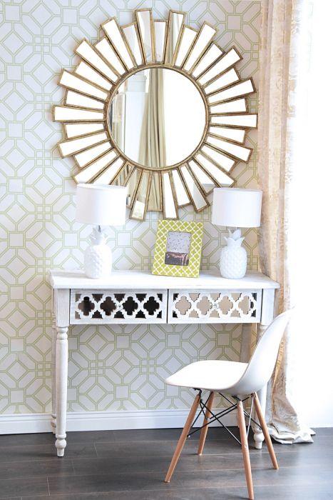 Großer Runder Spiegel Im Art Deco Stil Mit Matt Goldenem Rahmen
